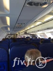 interieur avion voyage prague